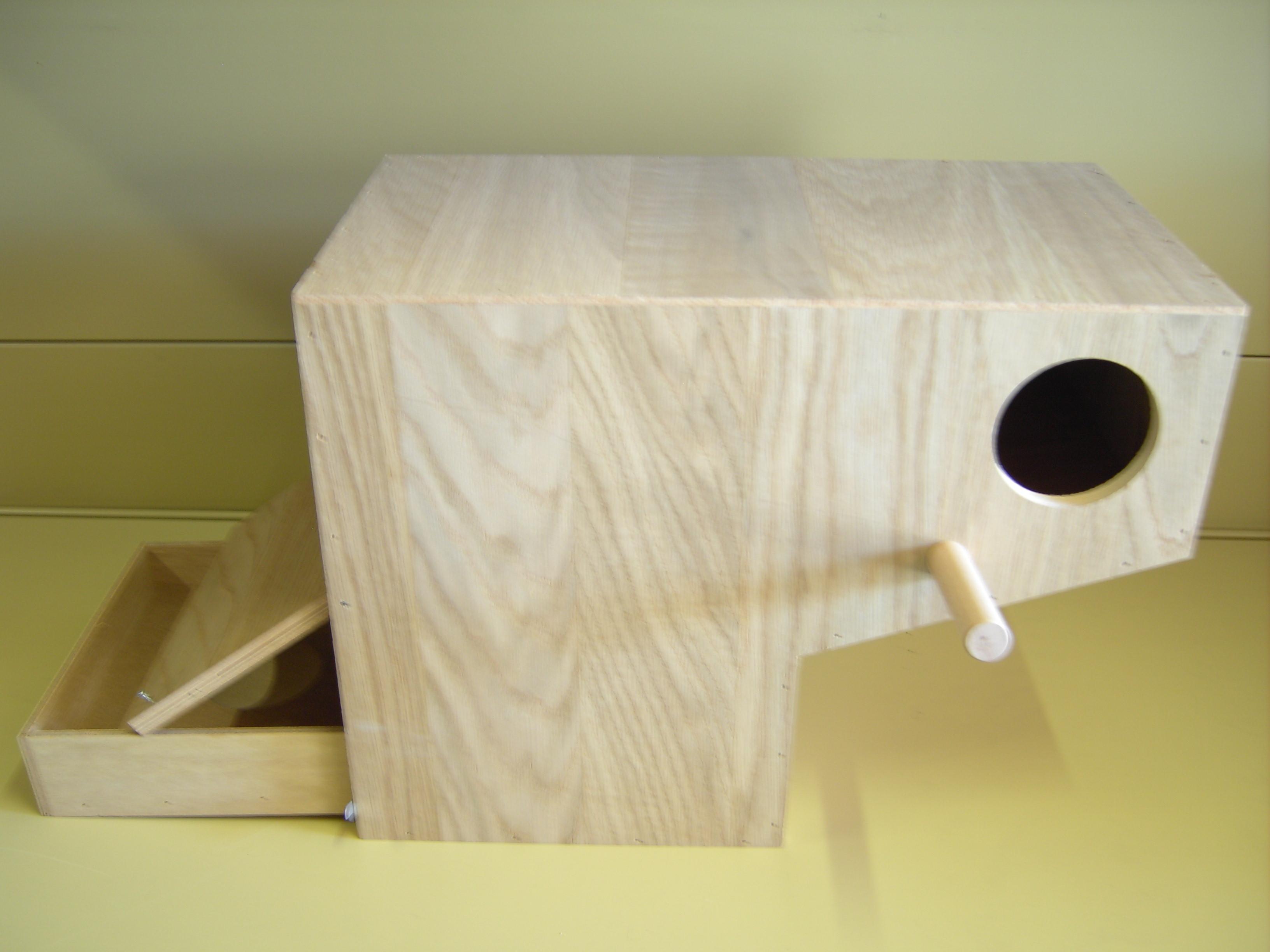 nistkasten holz f r gro sittiche z b alexandersittiche. Black Bedroom Furniture Sets. Home Design Ideas